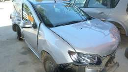 Stripping for parts /Renault Sandero 900 turbo