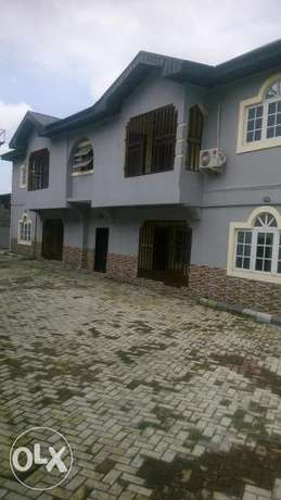 Standard King Size Virgin 1 Bedroom Apartment in Rumoudara PH Port Harcourt - image 1