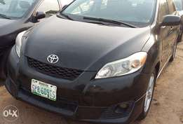 Very Clean & Neat 2010 Toyota Matrix for Sale.