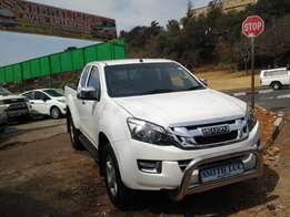2015 isuzu kb300 for sale