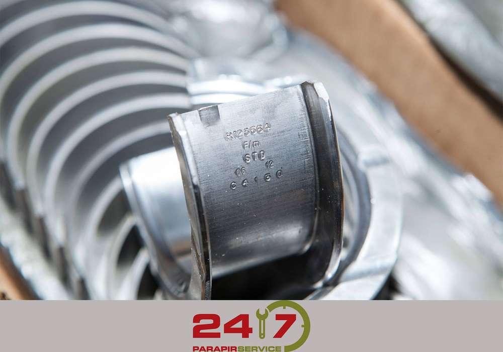 John Deere Tractor and combine parts - image 5