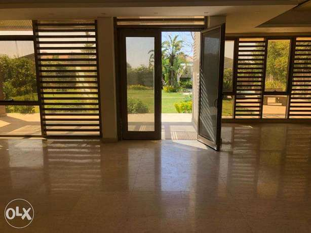For sale villa 446m Super Lux with AC'S and kitchen at Allegria