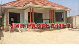 Beautiful 4 bedroom home for sale in Kiira town at 320m