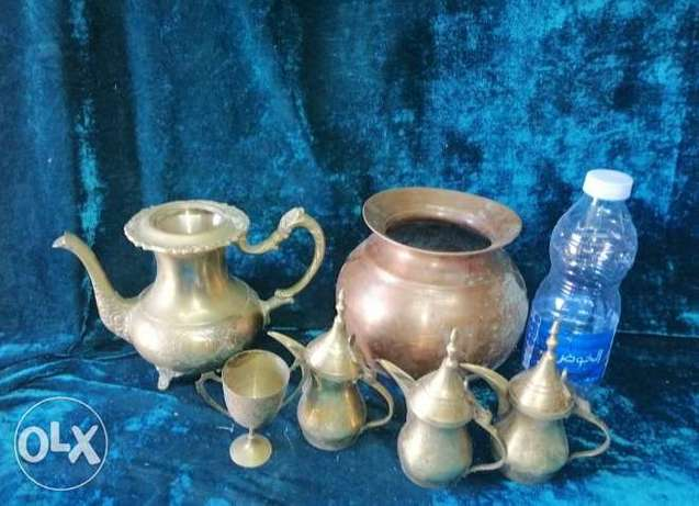 Lovely copper set 3 small pails, heavy jug and handy