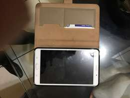 swopSamsung tab4 wifi+cell and note 4 to swop for decent phone