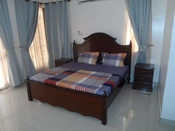 Executive 3 bedroom fully furnished apartment for long/short term let. Nyali - image 3