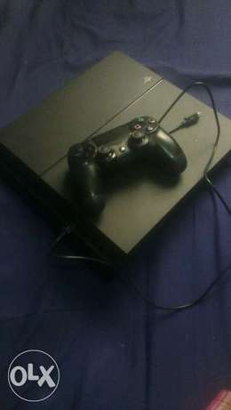 Ps4 console with a pad Hazina - image 6