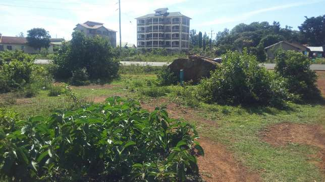 Prime commercial land up for quick sale within Bondo town. Bar Kowino - image 2
