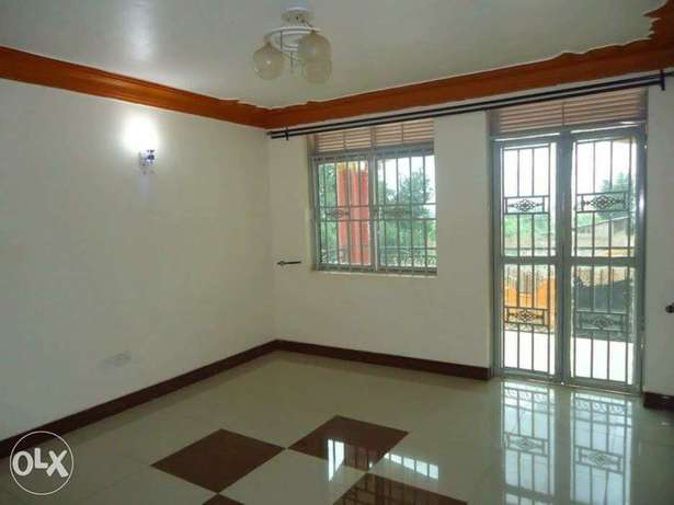 a three bedroom apartment for rent in kyanja Kampala - image 4