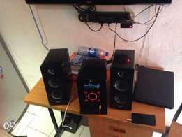 Home Theater fb166