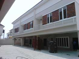 newly built 3 and 4 bedroom terrace house in Lafiaji, Lekki Lagos