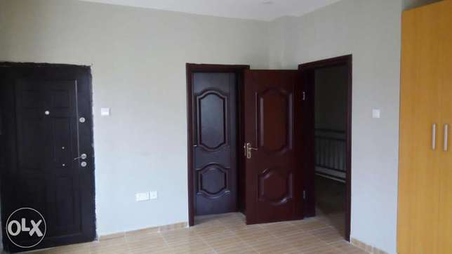 3 Bedroom Terrace with BQ(Serviced) before Chevron, Lekki Lekki Peninsula - image 7