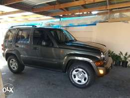 2006 jeep Cherokee Liberty 3.7l v6 limited