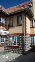 Elegant 5 bedroom all ensuite Maisoinate With DSQ Athi River
