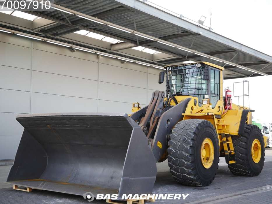 Volvo L220F Good condition - good tyres - 2009