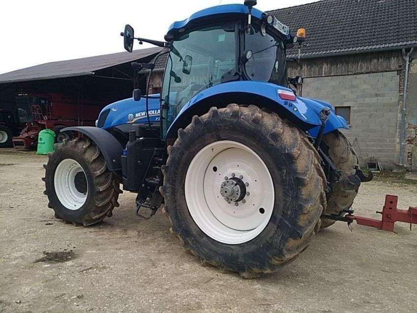 New Holland t7.220 - 2014 - image 3