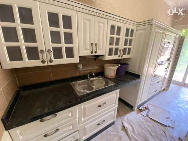 Town House For Rent At Compound Grand Heights Kuwadico with Kitchen+Ac