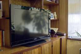 Sony bravia 32inches flat tv