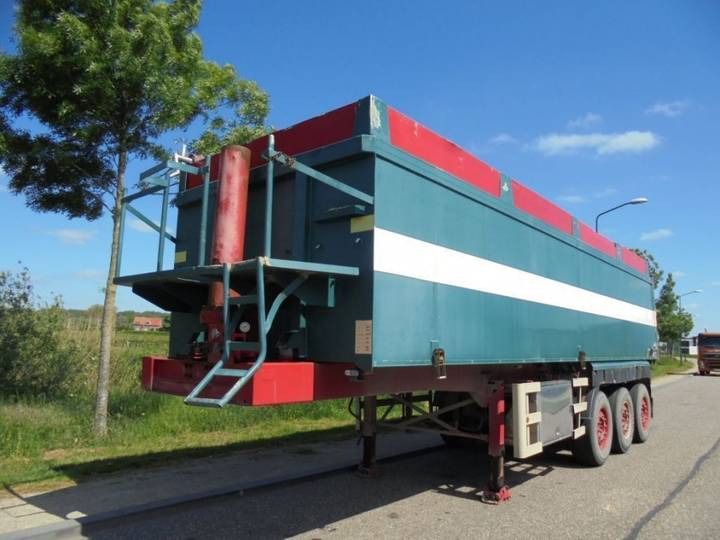 ATM 3-Axle Tipper / 40m3 / Discbrakes / Steel Chassis - Alu Box - 2004