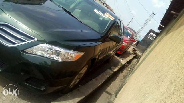 Flawless condition 2010 camry Isolo - image 8