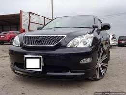 Excellent year 2009 Toyota Harrier Black Color