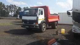 6 cube tipper truck for Hire.