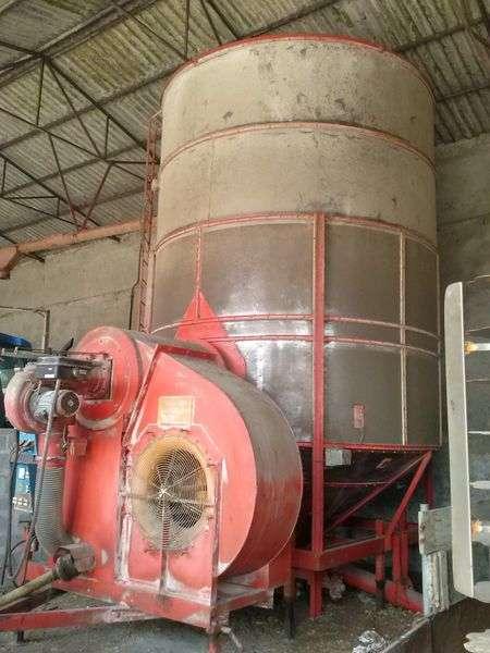 Pedrotti Large 25 Tonn\\zagruzka Na Dizele Grain Dryer - 1999