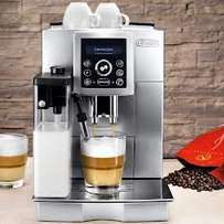 Shop displayed Delonghi coffee machine ECAM 23.450