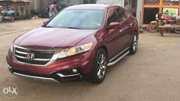 Tokunbo 2014 Honda Crosstour full options