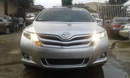 Extra clean foreign used Silver Toyota Venza XLE AWD 2013 model