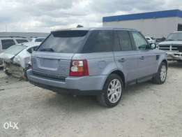 2009 Range Rover Sport HSE, full option. Accident-free!