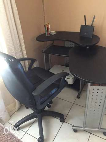 Study desk and chait for sale Elarduspark - image 1