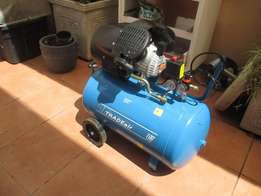 New compressor compact take little space 100 liters 3hp 8bar for R3850