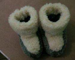 Чопіки теплі з овечої вовни.дитячі до чотирьох років. 2294ddd527517
