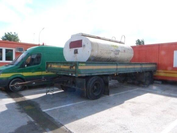 DAF NVW 8-16  tanker trailer for sale by auction - 2019