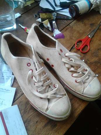 Good condition northstar shoes Nairobi CBD - image 2