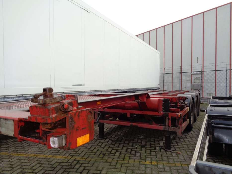Broshuis 3UCC-39 + 3 axle + 2X EXTENDABLE 40FT HC - 1995