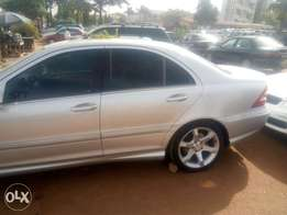 Extremely clean tokunbo c230 sport 2007 nonegotiable!!