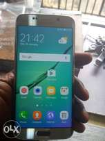 Samsung galaxy s6 edge, with accessories