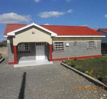 houses in a gated community for sale in kiserian,ksh5.7m