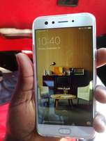 Selling oppo f3 brand new