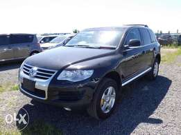 VW Touareg Year 2010 Model Automatic Transmission 4WD Black KCN