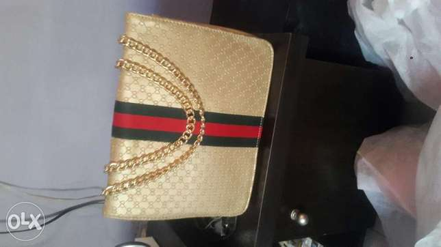 Gucci chain hand bag Abuja - image 1