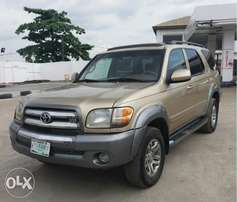 Registered Toyota Sequoia SR5 - 2004