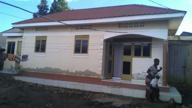 House for sale in kyengera Kampala - image 3