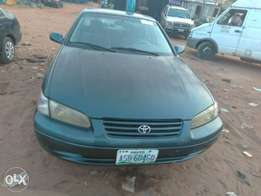 Neatly used Toyota camry for