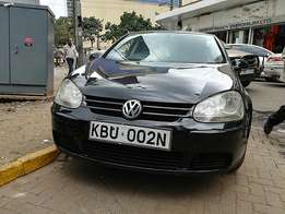 Very clean  Volkswagen golf 2006 model 1600cc 2wd.