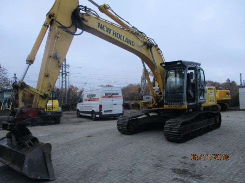 New Holland E 245 B - 2007