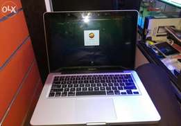 Macbook pro corei5 perfect condition affordable