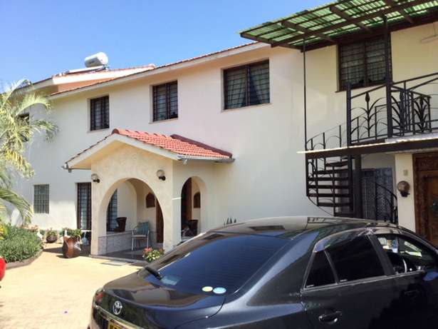 Nyali 5 Bedrooms Maisonette on 1/2 Acre plot For Sale Nyali - image 2